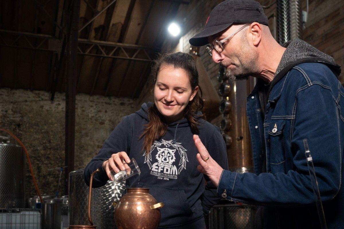 Découvrez le métier de Distillateur et créez votre Gin